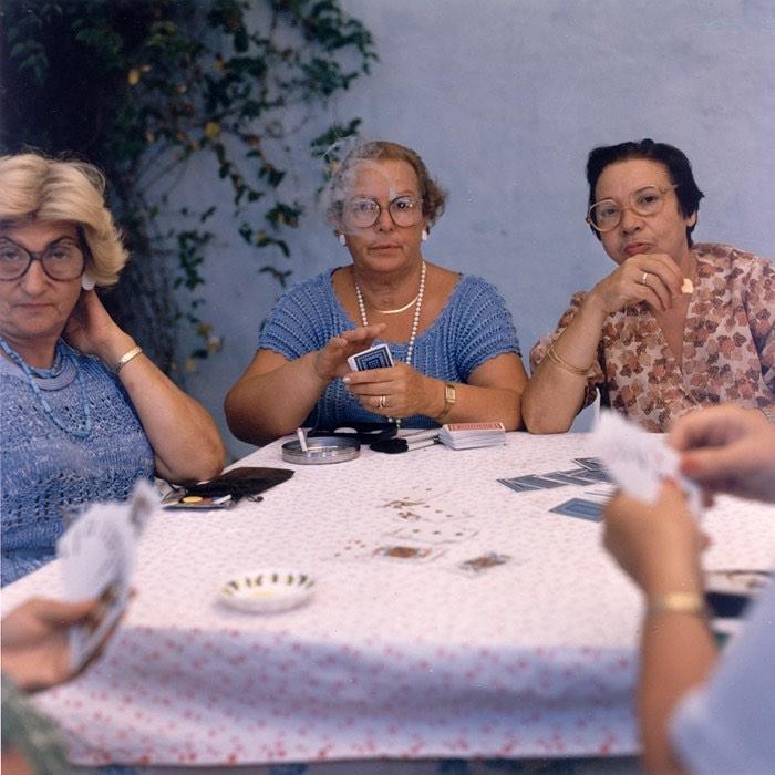 femmes_jeux_cartes