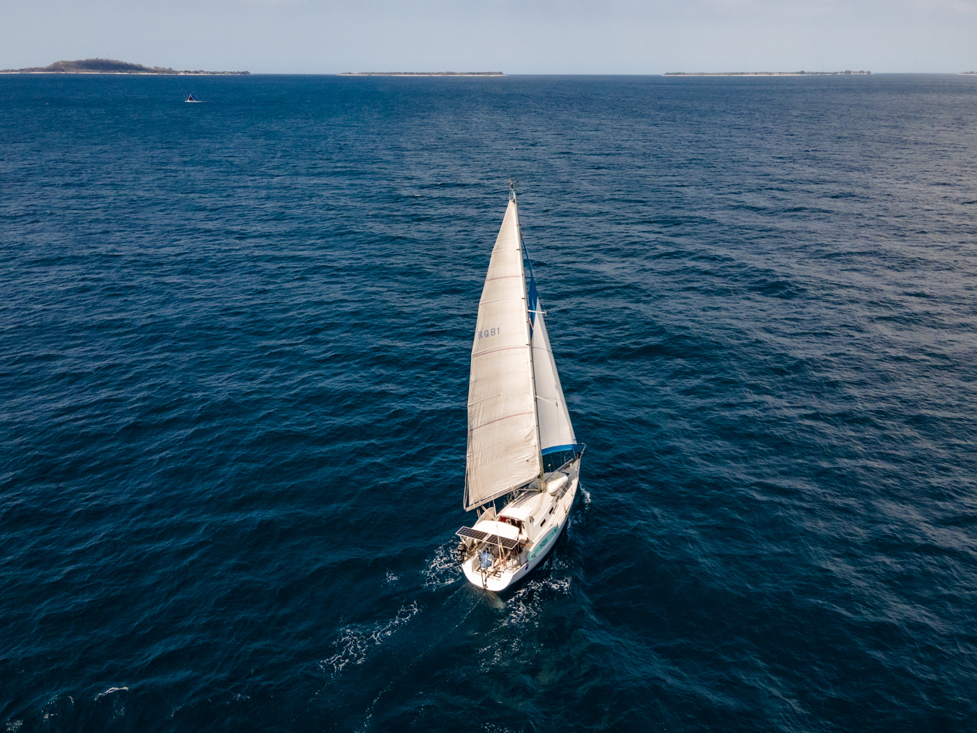 voilier_mer_voile_île_indonésie