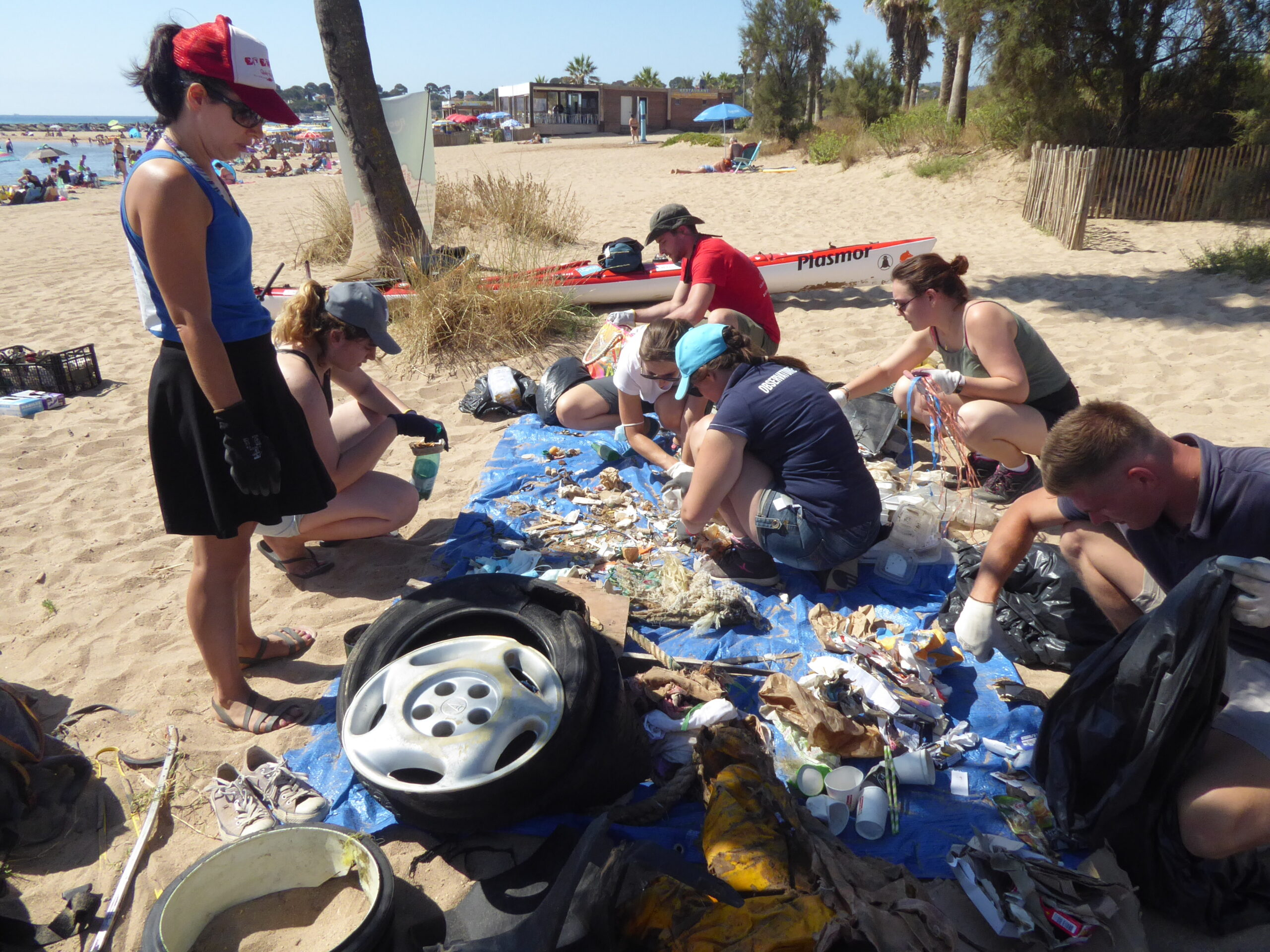 tri_collectif_associations_nettoyage_plage