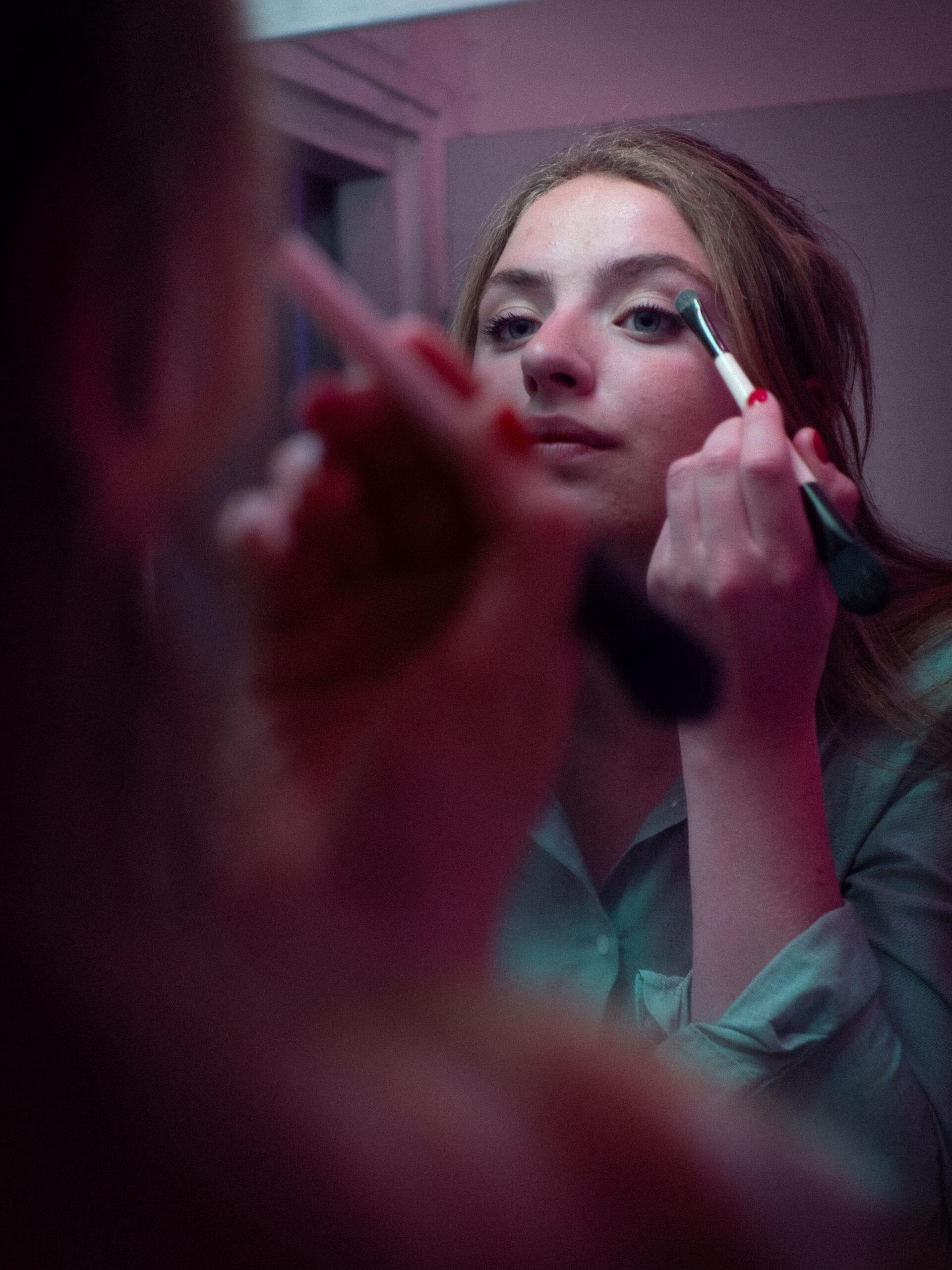 Violette_domestique_maquillage_femme